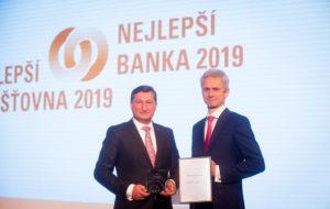 Raiffeisenbank je popáté v řadě Klientsky nejpřívětivější bankou roku
